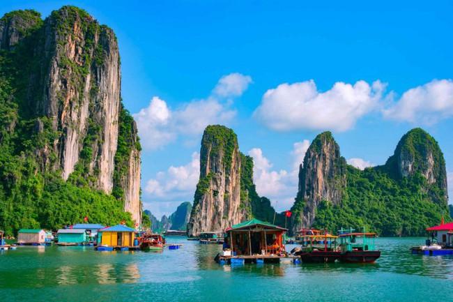 Báo Tây mách 7 trải nghiệm du lịch phải làm ở Việt Nam, số 7 khó thực hiện nhưng là mơ ước của nhiều người - Ảnh 1.