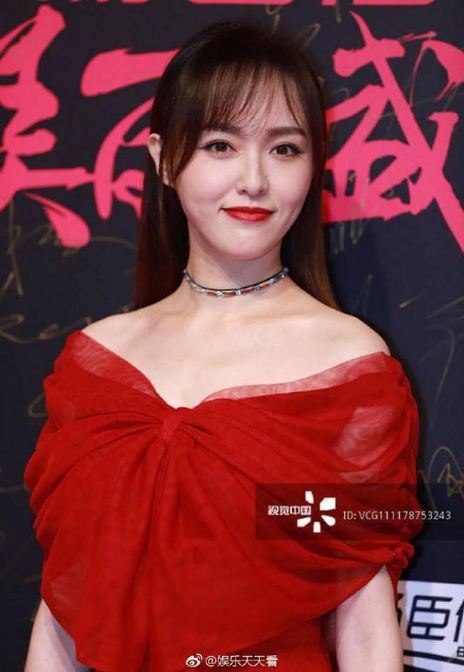 Chùm ảnh không photoshop: Dương Mịch lộ nếp nhăn, Park Min Young - Tần Lam có đẹp như tưởng tượng? - Ảnh 11.