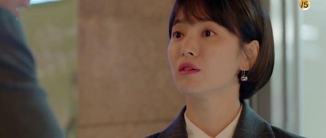 Chỉ vì hành động này của Song Hye Kyo mà Park Bo Gum tủm tỉm cười mãi dù cô đã đi xa - Ảnh 5.