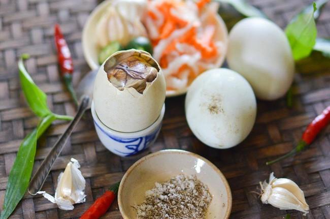 4 món ăn cực quen thuộc của Việt Nam bất ngờ xuất hiện trong bảo tàng những món ăn kinh dị tại Thụy Điển - Ảnh 2.