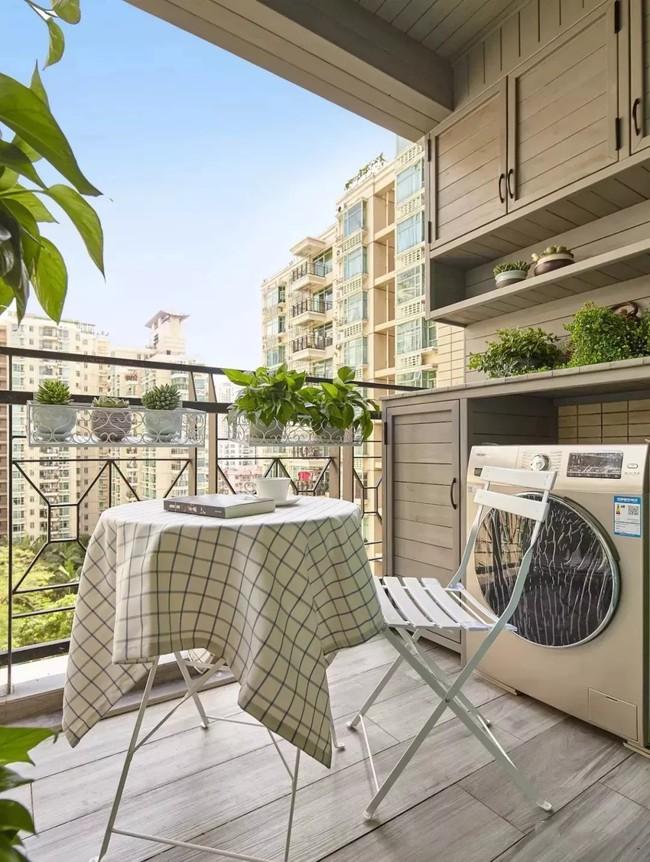 Tận dụng ban công làm nơi vừa thư giãn vừa để máy giặt, giải pháp siêu hay cho những người ở nhà chung cư - Ảnh 8.