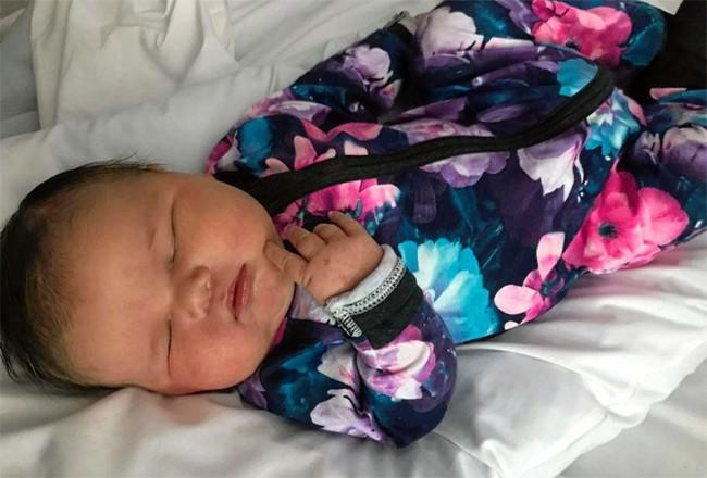 Kì tích: Bà mẹ hạ sinh em bé nặng gần 6kg bằng phương pháp sinh thường, không dùng thuốc giảm đau - Ảnh 8.