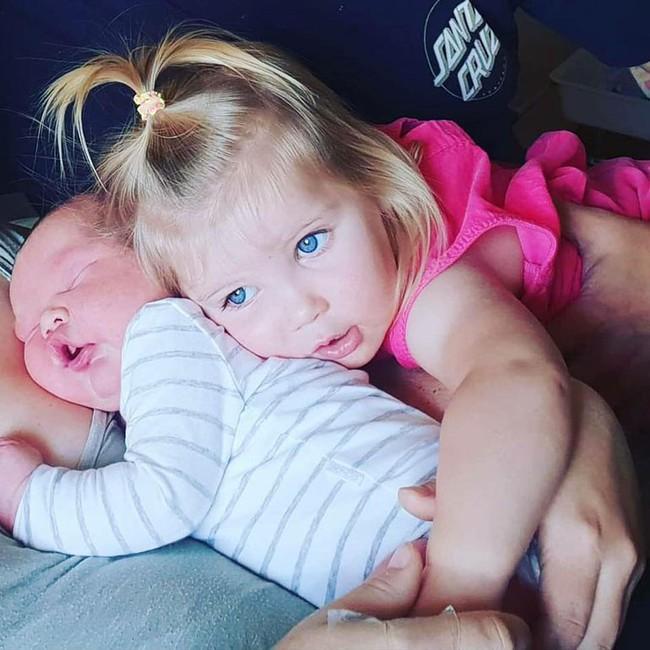 Kì tích: Bà mẹ hạ sinh em bé nặng gần 6kg bằng phương pháp sinh thường, không dùng thuốc giảm đau - Ảnh 3.