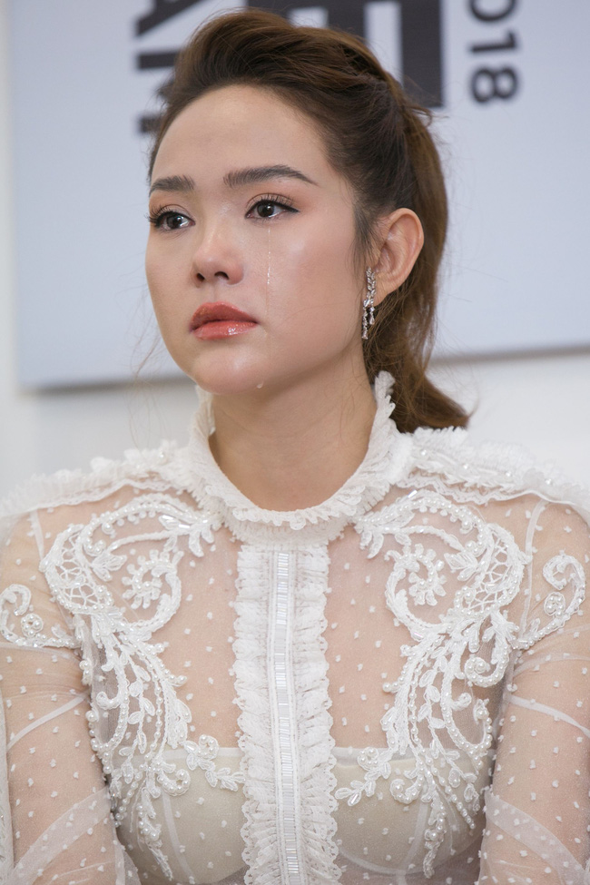 Minh Hằng bị thí sinh The Face phản pháo vì xúc phạm gia đình, khán giả đồng loạt ủng hộ  - Ảnh 1.