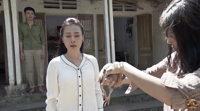 Cuộc hội ngộ giữa Quỳnh Búp Bê và Lan Cave lấy hết nước mắt khán giả với diễn xuất đỉnh cao của Thanh Hương - Ảnh 6.