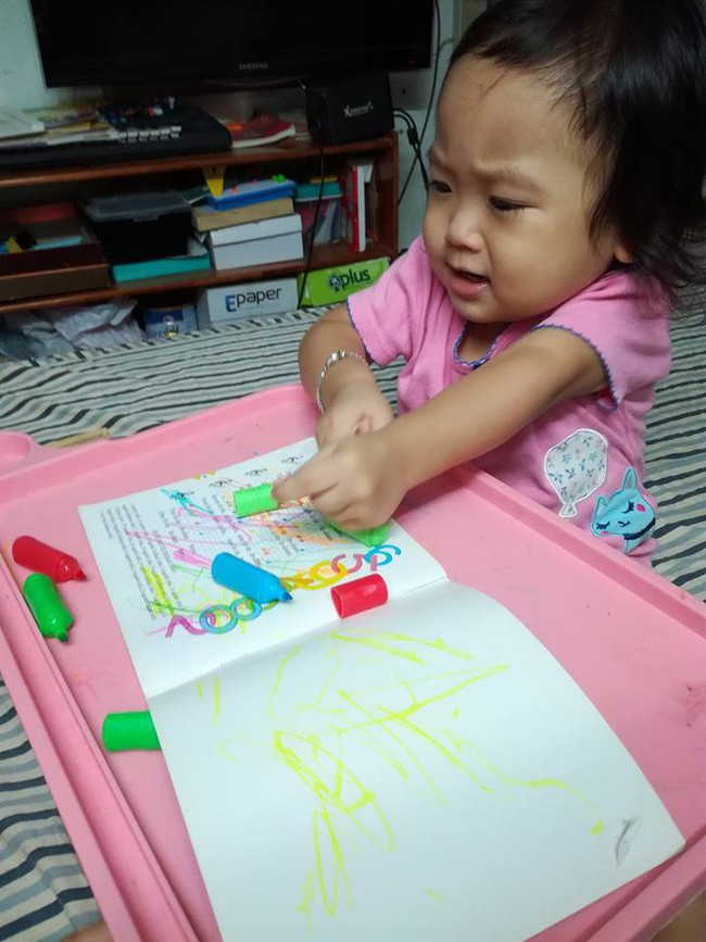 Học lỏm mẹ Hà Nội biến nhà thành bãi chiến trường, sáng tạo muôn vàn trò chơi cho con  - Ảnh 10.