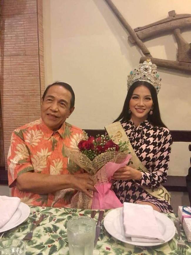 Hoa hậu Trái đất Nguyễn Phương Khánh chia sẻ niềm vinh dự khi đến thăm Đại sứ quán Việt Nam tại Philippines - Ảnh 4.