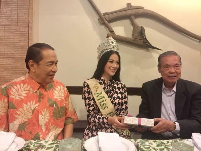 Hoa hậu Trái đất Nguyễn Phương Khánh chia sẻ niềm vinh dự khi đến thăm Đại sứ quán Việt Nam tại Philippines - Ảnh 5.