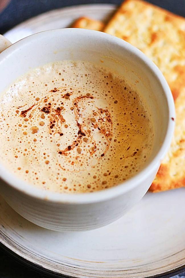 Mùa đông uống cà phê nóng bạn hãy nhớ ngay 2 cách pha cà phê siêu ngon nhé! - Ảnh 3.
