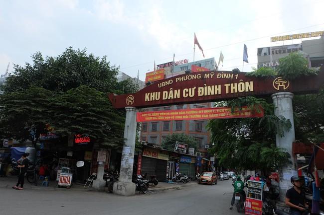Sau thất bại của tuyến phố kiểu mẫu đầu tiên, Hà Nội xuất hiện thêm tuyến phố kiểu mẫu thứ 2 gây tranh cãi - Ảnh 1.