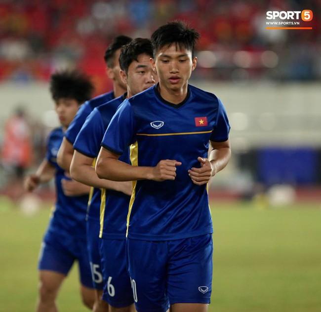 Lào 0-3 Việt Nam: Hàng công rực sáng, Việt Nam ra quân thuận lợi tại AFF Cup 2018 - Ảnh 5.