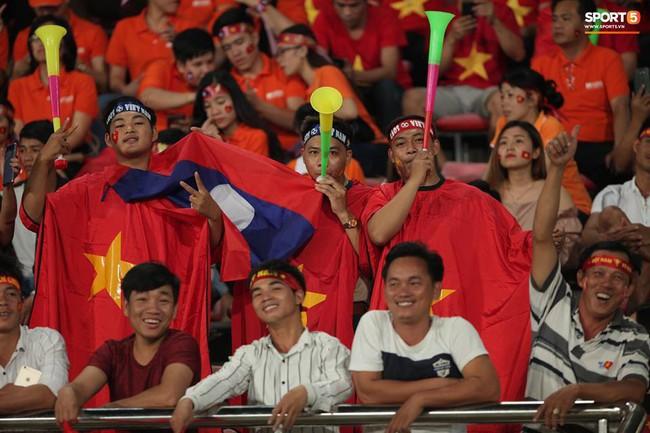 Lào 0-3 Việt Nam: Hàng công rực sáng, Việt Nam ra quân thuận lợi tại AFF Cup 2018 - Ảnh 7.