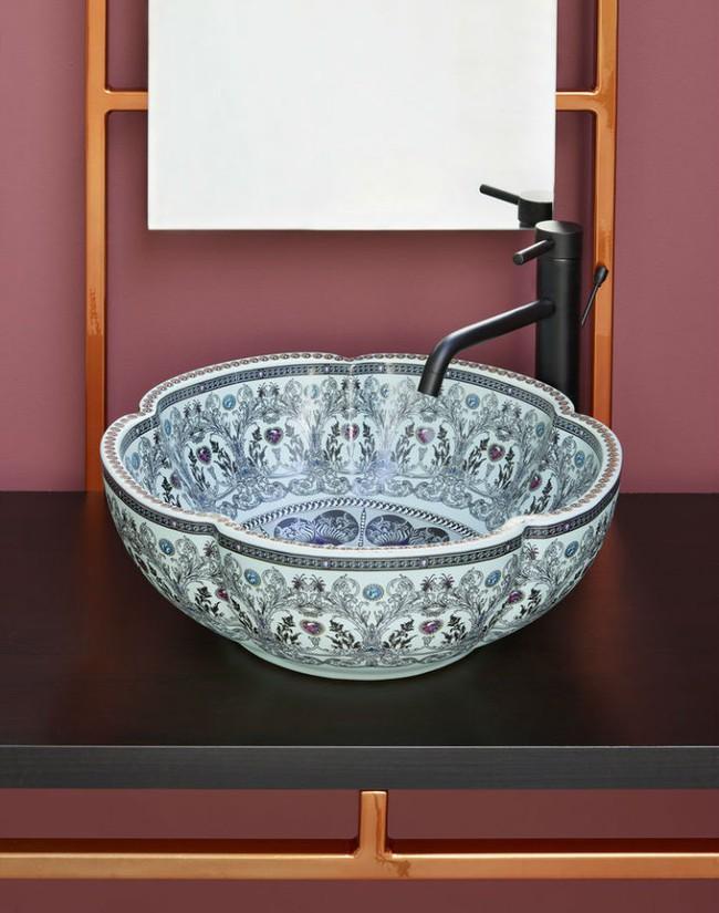 Thổi hồn nghệ thuật đương đại vào phòng tắm với thiết kế bồn rửa tay sứ chạm khắc hoa văn đẹp tuyệt - Ảnh 8.