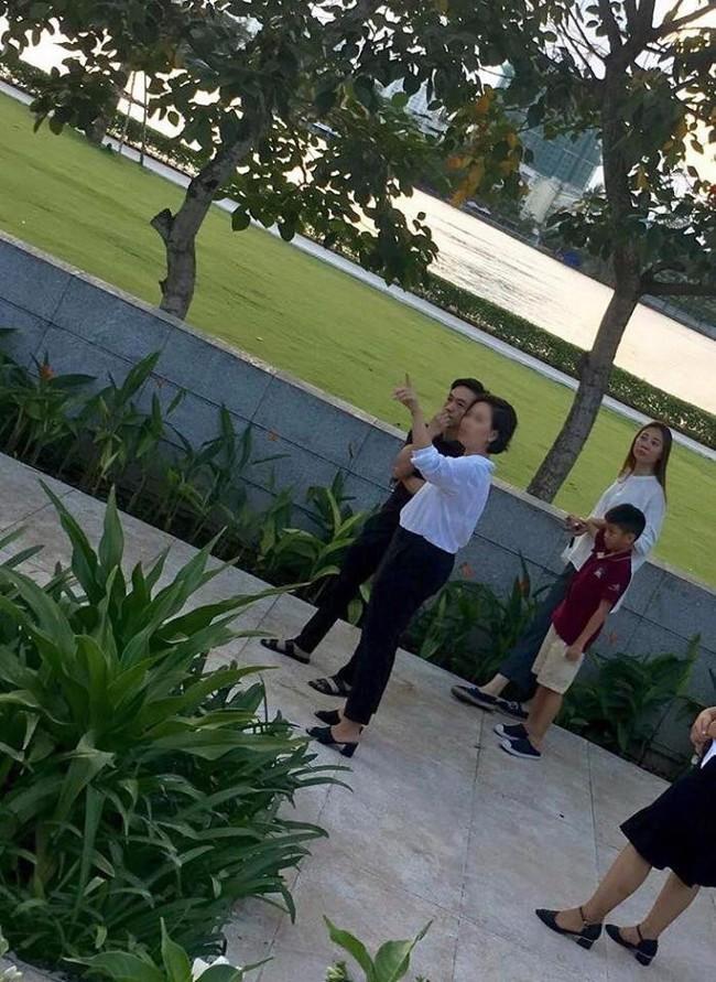 Rò rỉ hình ảnh Cường Đô la dẫn Đàm Thu Trang và Subeo đi xem nhà, chuẩn bị cho đám cưới vào năm sau  - Ảnh 1.