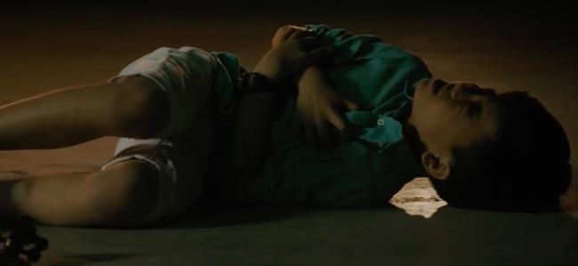 Hương Tràm mặc giản dị, rưng rưng rơi nước mắt khi hát cho trẻ bị bệnh tim  - Ảnh 10.