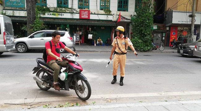 Cảnh sát đặc biệt 141 Hà Nội sẽ trang bị súng đạn cao su chống đua xe sau trận chung kết AFF - Ảnh 5.