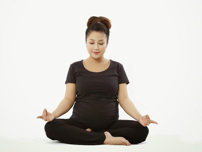 6 triệu chứng khó chịu nhất trong tam cá nguyệt thứ 3 và lời khuyên của chuyên gia dành cho mẹ bầu  - Ảnh 2.