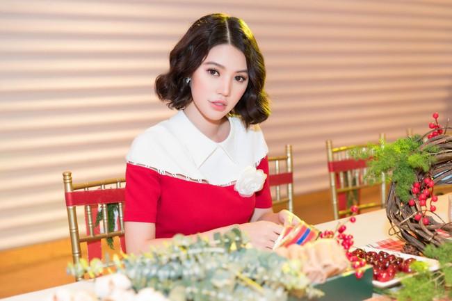 Hoa Hậu con nhà giàu Jolie Nguyễn làm quà giáng sinh tặng trẻ em nghèo - Ảnh 5.