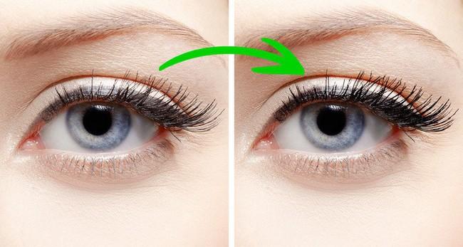 10 mẹo trang điểm cực dễ giúp chị em xinh hơn vài chân kính trong nháy mắt, nhưng không phải ai cũng biết - Ảnh 6.