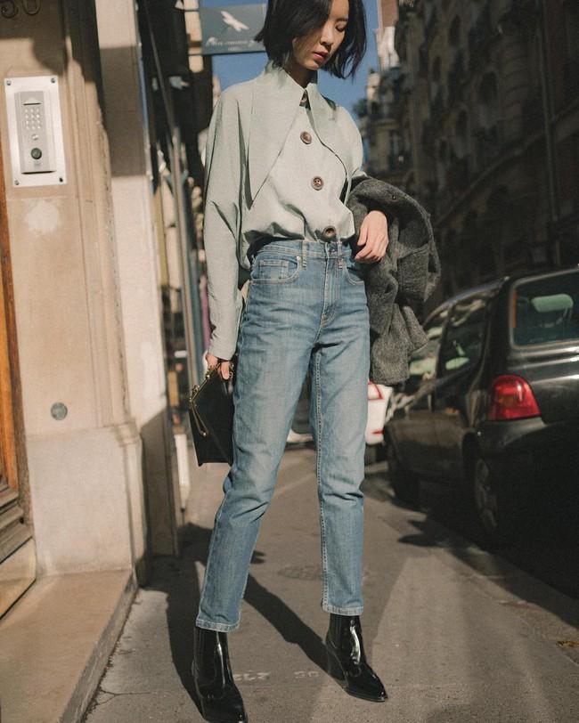 Ngắm 12 set đồ sau, các nàng sẽ nhận ra quần jeans + boots chính là cặp đôi giúp vẻ ngoài đạt 100% sành điệu - Ảnh 8.