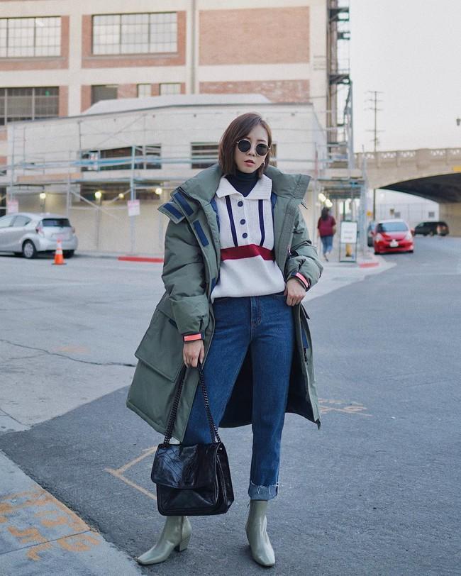 Ngắm 12 set đồ sau, các nàng sẽ nhận ra quần jeans + boots chính là cặp đôi giúp vẻ ngoài đạt 100% sành điệu - Ảnh 10.