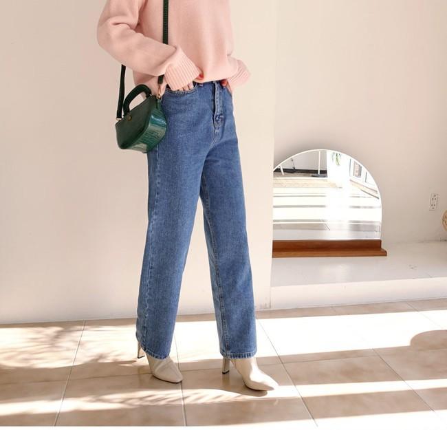 Ngắm 12 set đồ sau, các nàng sẽ nhận ra quần jeans + boots chính là cặp đôi giúp vẻ ngoài đạt 100% sành điệu - Ảnh 11.
