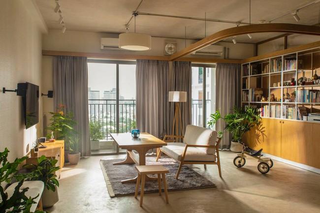 Phòng khách với nội thất nhẹ nhàng.