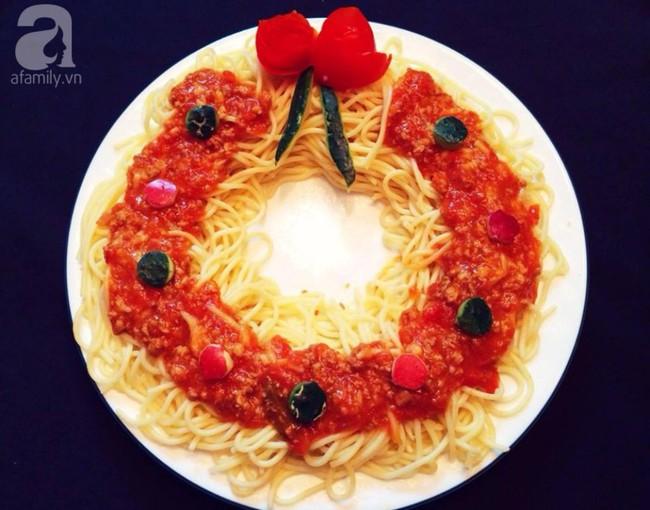 5 cách siêu cute làm vòng nguyệt quế từ đồ ăn cho mùa Noel thêm rực rỡ - Ảnh 1.