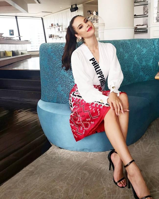 Style của tân Hoa hậu Hoàn vũ Catriona Gray: từ đầu đến cuối đều lộng lẫy như bà hoàng, phần nào đoán được trước cái kết viên mãn - Ảnh 7.