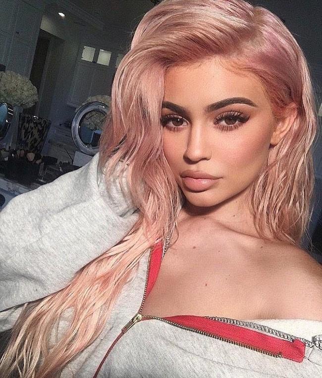 8 màu tóc được dự đoán sẽ lên ngôi trong năm 2019, chị em ngại gì mà không thử trước thềm năm mới - Ảnh 12.