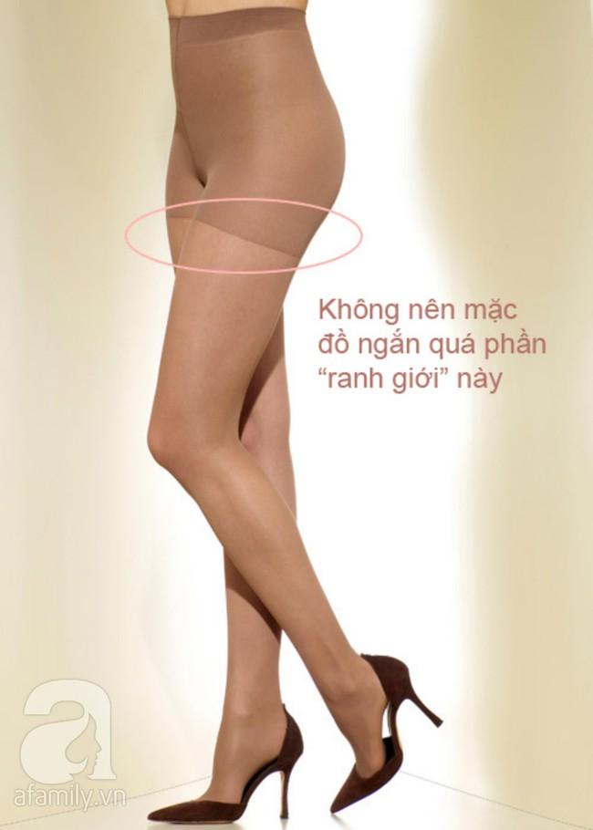 Quần tất da chân sẽ rất dễ biến bạn thành thảm họa thời trang nếu còn mặc theo cách này  - Ảnh 4.