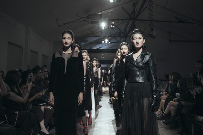 Mẹ đơn thân Hồng Quế hóa thân thành cô dâu ma lạnh đến gai người làm trong show thời trang - Ảnh 12.