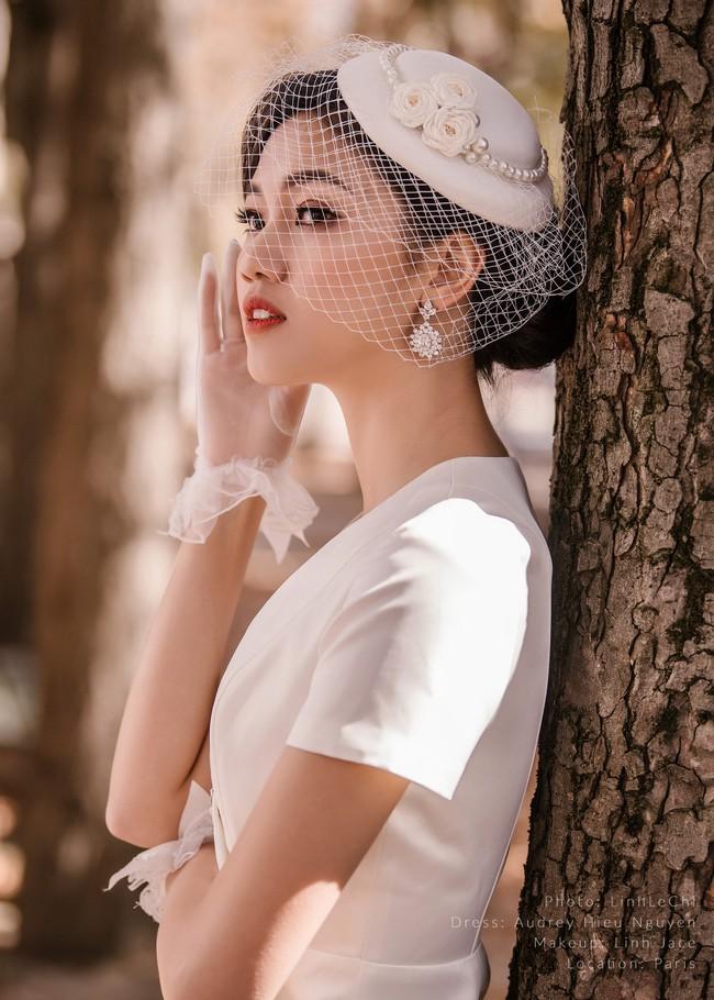 Trọn bộ ảnh cưới xa xỉ, đẹp như tạp chí của Á hậu Thanh Tú và chồng đại gia hơn 16 tuổi - Ảnh 11.