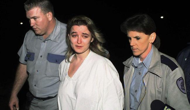 Bà mẹ điên cuồng gọi cảnh sát sau khi 2 con trai bị giết hại, kẻ thủ ác là người nằm mơ không ai ngờ - Ảnh 7.