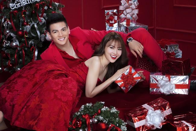 Lan Ngọc nhí nhảnh đón Giáng sinh bên hội chị em gái già công sở - Ảnh 2.