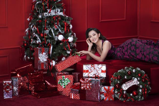 Lan Ngọc nhí nhảnh đón Giáng sinh bên hội chị em gái già công sở - Ảnh 6.