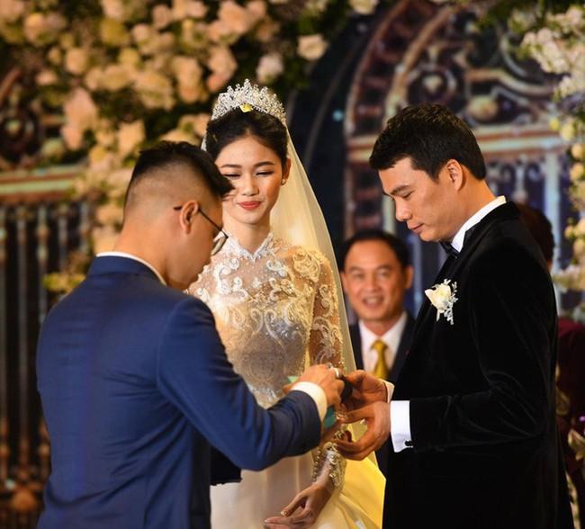 Những hình ảnh cận cảnh hiếm hoi của Á hậu Thanh Tú trong đám cưới xa hoa - Ảnh 7.