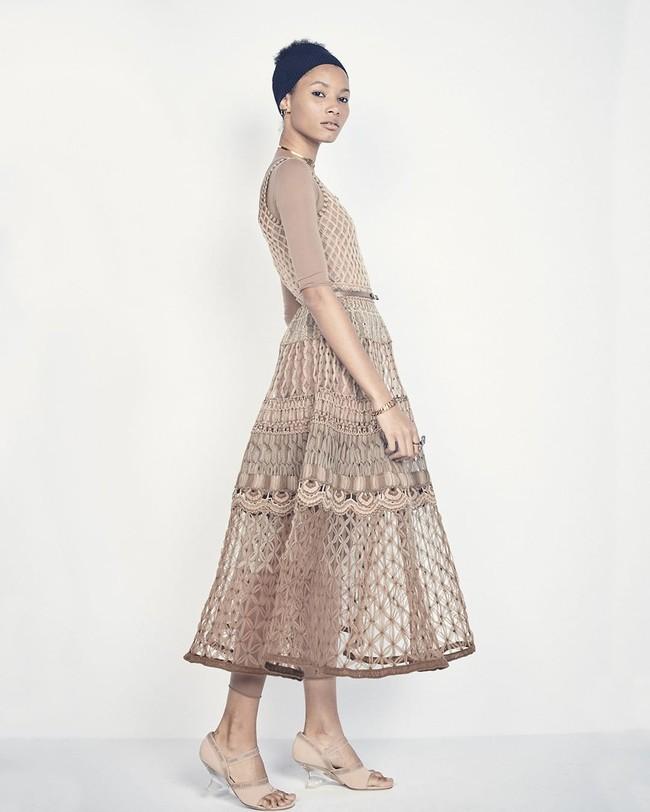 5 cách kết hợp trang phục màu be giúp chị em trở nên xinh đẹp và tỏa sáng bội phần - Ảnh 11.