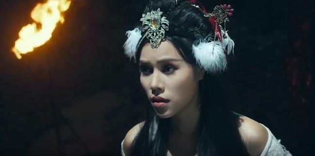 Sợ lỗ vốn khi chi tiền khủng làm MV cổ trang, Phi Nhung đã khuyên Quán quân Ban nhạc quyền năng điều này  - Ảnh 3.
