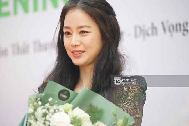 Top khoảnh khắc kém sắc gây sốc của dàn đại mỹ nhân năm 2018: Park Min Young, Nhiệt Ba phải chào thua mỹ nhân này? - Ảnh 7.