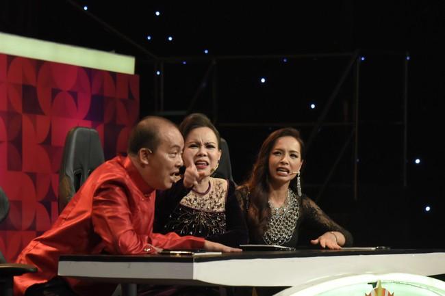 Đức Hải nổi giận với thí sinh vì khiến anh bị Việt Hương chê lố  - Ảnh 4.
