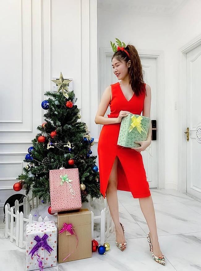 Giáng sinh của hội hot mom: Hằng Túi quyết định xuất viện về nhà, chị dâu Bảo Thy chính thức báo tin vui có bầu - Ảnh 7.