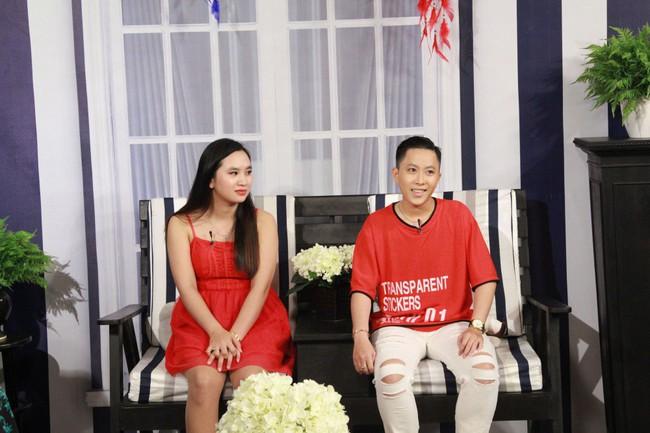 Nghe chuyện tình yêu của cặp đôi bách hợp, Lâm Khánh Chi quyết về kiểm tra Facebook chồng - Ảnh 2.