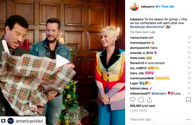 Ngoài lên đồ màu mè cho Katy Perry chơi Giáng sinh, NTK Công Trí còn lồng thông điệp ý nghĩa vào bộ cánh này - Ảnh 4.