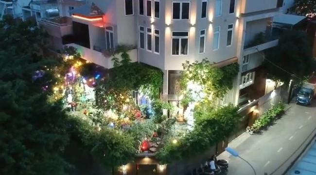 Biệt thự 60 tỷ của Đàm Vĩnh Hưng lung linh trong ngày Giáng sinh - Ảnh 9.