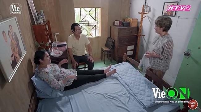Gạo nếp gạo tẻ: Xót lòng cảnh ông Vương bị mẹ già bắt gặp làm bảo vệ công viên và đây là cái kết