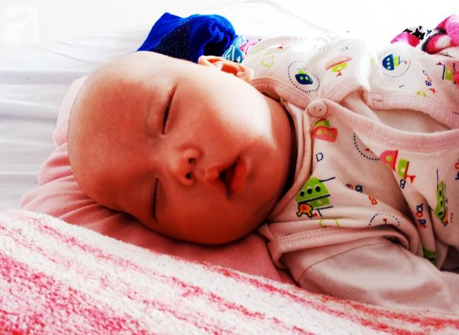 Thương tâm, bé trai vừa sinh ra đã phải đối mặt với hàng loạt căn bệnh nguy hiểm - Ảnh 6.