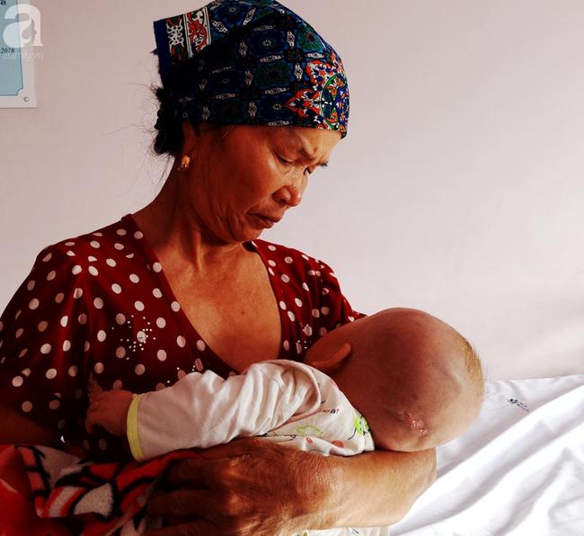 Thương tâm, bé trai vừa sinh ra đã phải đối mặt với hàng loạt căn bệnh nguy hiểm - Ảnh 7.