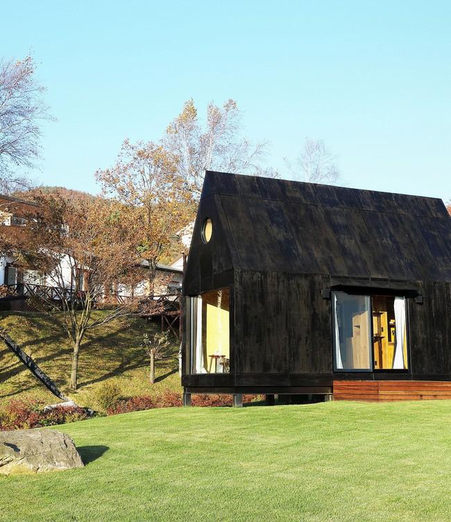 Thiết kế nhà nhỏ 20m² ấn tượng với phòng ngủ trên gác xép vừa đáng yêu vừa siêu tiết kiệm - Ảnh 11.