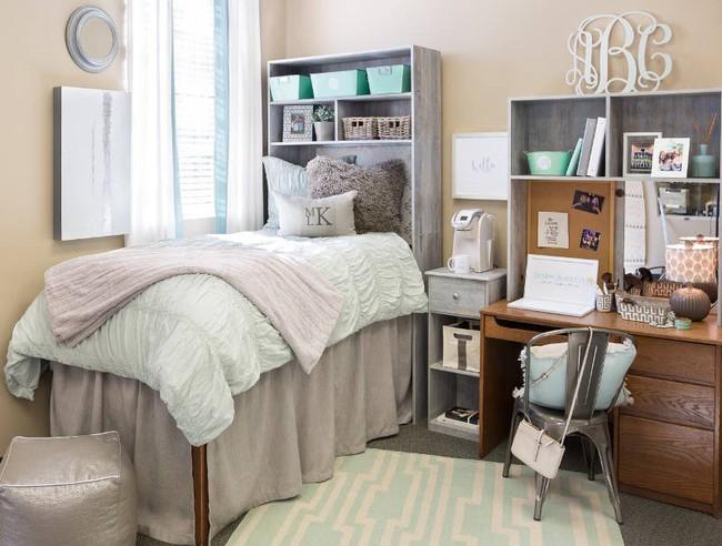 4 ý tưởng lưu trữ tối đa cho phòng ngủ vừa đẹp vừa gọn gàng - Ảnh 4.